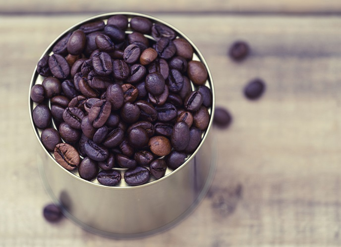 NDR_coffee can with beans_688